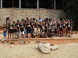 IYASA a účastníci tábora Life in the zoo 2014